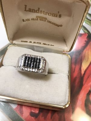 Unisex Sterling Silver Black & White Diamonds CZ Ring Sz9 for Sale in Itasca, IL