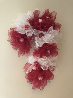 Candy cane wreath for Sale in Monroeville, NJ