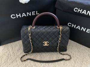 💯 CHANEL CoCo handle flap bag Medium caviar for Sale in San Francisco, CA