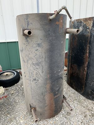 250 gallon fuel tank (no pump) for Sale in Newark, IL