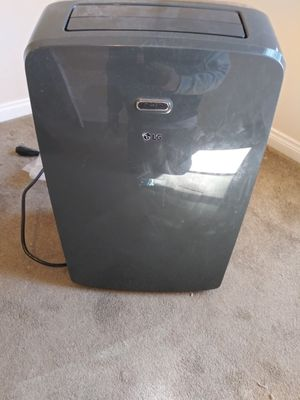 Portable air conditioner for Sale in Chiriaco Summit, CA