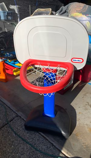 Little tikes adjustable basketball hoop for Sale in Snoqualmie, WA