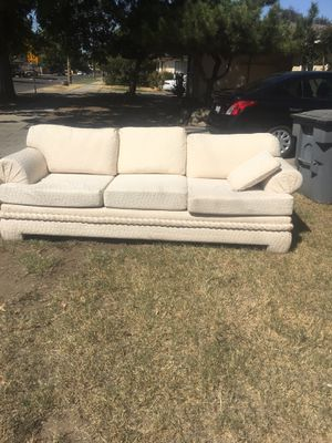 Sofa for Sale in Fresno, CA