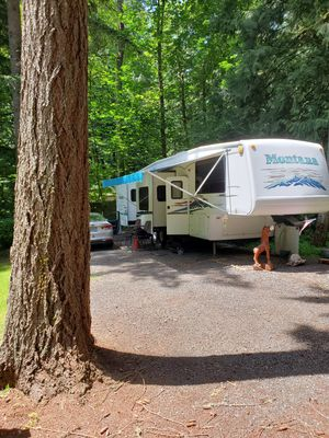 2003 Keystone Montana 3655FL for Sale in Sandy, OR