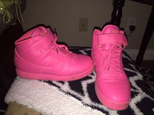 Fila hot pink high tops for Sale in Hampton, VA