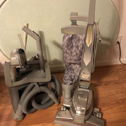 KIRBY VACUUM for Sale in Belleville,  IL