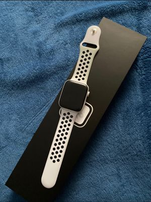 Apple Watch Series 5 for Sale in Duluth, GA