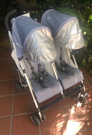Uppababy g-link double umbrella stroller for Sale in San Diego, CA