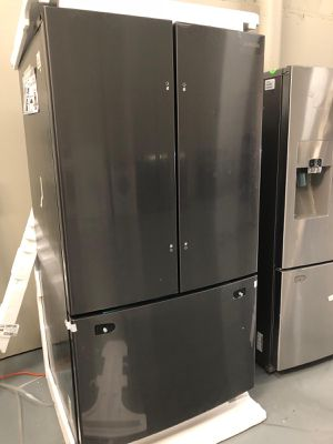 Samsung Black Stainless Steel Fridge - Brand New for Sale in Clearwater, FL