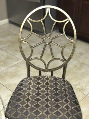 Small kitchen table for Sale in Palm Bay, FL