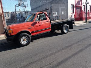 $2000 Ford F-250 flatbed loading truck with 72000 miles runs and drives no low ballers come test drive for Sale in Philadelphia, PA