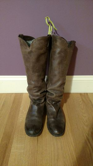 """Brown """"western-looking"""" women's boots for Sale in Rolling Meadows, IL"""