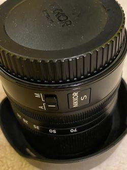 Nikon Lens Z 24-70mm F/4 -S Mount for Sale in Los Angeles,  CA