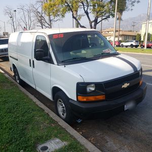 07 Chevy Express 2500 for Sale in Glendale, CA