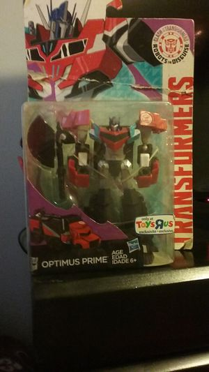 Transformers Robots in Disguise Warrior Class Optimus prime Toys R Us Exclusive for Sale in Los Angeles, CA