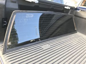99-07 Rear tinted window w/ defroster for Sale in Seminole, FL