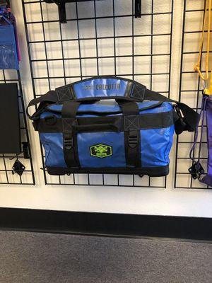 Calcutta Waterproof Boat Travel Bag Fishing Bag for Sale in West Covina, CA