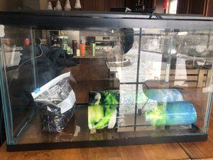 10 gallon aquarium with filter and rocks for Sale in O'Fallon, MO