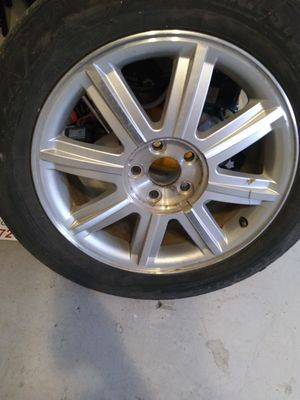 Tires and rim 225 55 18 for Sale in Kansas City, MO