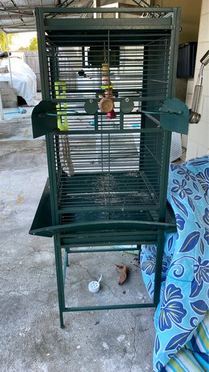 Bird cage for Sale in TWN N CNTRY, FL