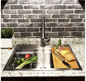 KRAUS KWU110-32 Kore Workstation 32-inch Undermount 16 Gauge Kitchen sink for Sale in Brooklyn, NY