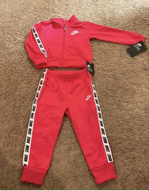 Unisex Nike Size 24 Months for Sale in Atlanta, GA