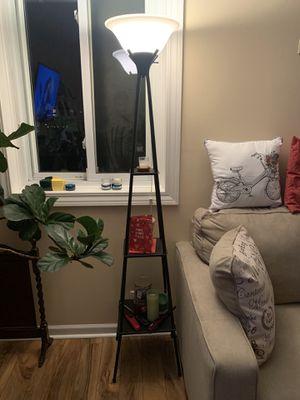 Black floor lamp for Sale in Des Plaines, IL