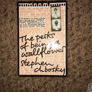 Th Perks Of Being A Wallflower (Book) for Sale in Oceano, CA