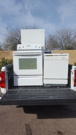 stove, fridge, microwave and dishwasher. whirlpool for Sale in Phoenix, AZ