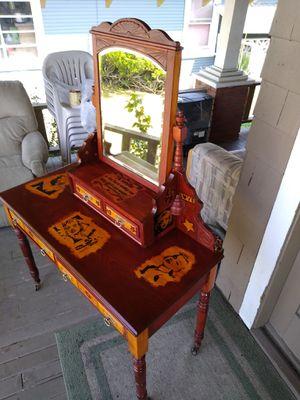 Antique Marilyn manroe tribute desk for Sale in Wenatchee, WA