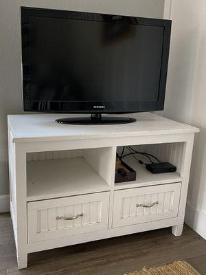 Small media console for Sale in San Luis Obispo, CA