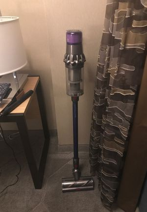 Dyson V11 torque drive cordless vacuum for Sale in Las Vegas, NV