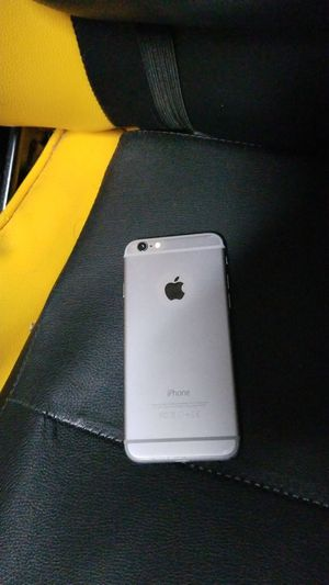 iPhone 6 for trade for Sale in Haines City, FL
