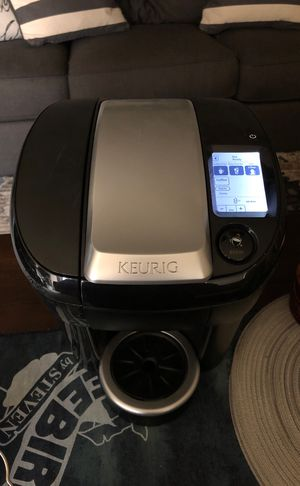 Keurig Vue V500 with Vue-Pack Stand for Sale in Wheat Ridge, CO