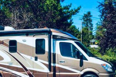 Good 2012 ITASCA NAVION 24G MERCEDES for Sale in Atlanta,  GA