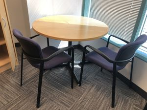 Mini kitchen table and 4 chairs for Sale in Los Angeles, CA