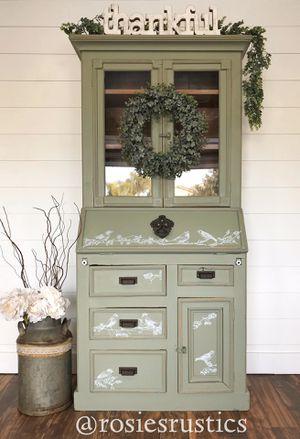 Hutch/desk/entryway cabinet for Sale in Riverbank, CA