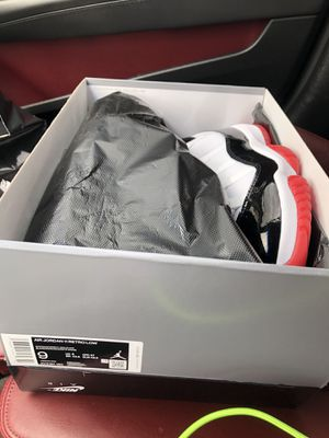 Jordan 11 low sz 9 for Sale in Houston, TX