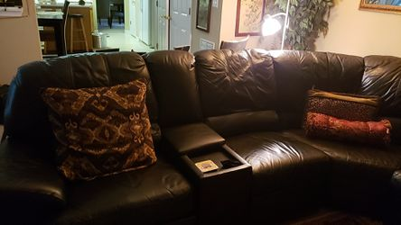Huge sectional with queen bed for Sale in Stonecrest,  GA