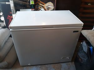 Magic chef deep freezer for Sale in Denver, CO