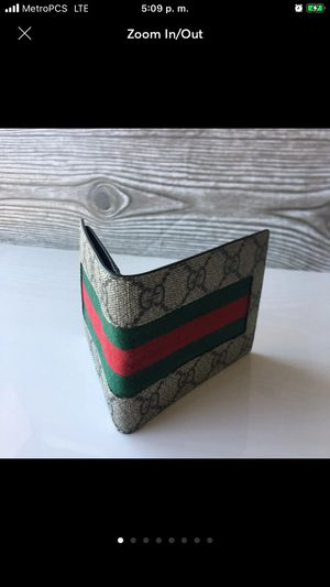 Gucci Web GG Supreme Canvas Wallet Men's for Sale in View Park-Windsor Hills, CA