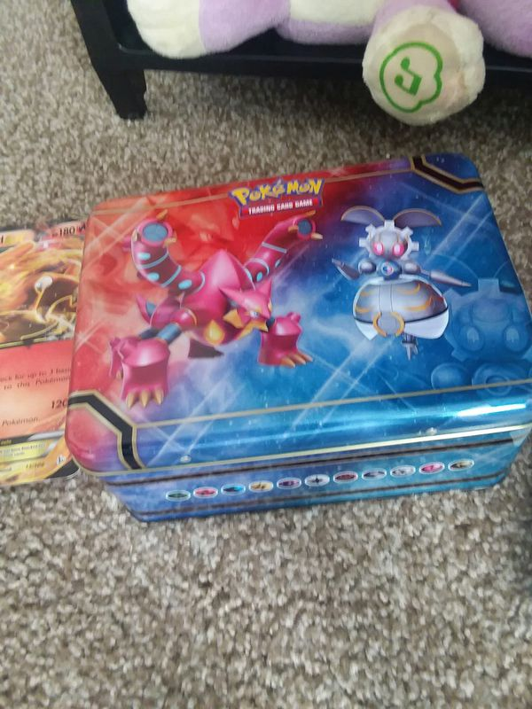 Pokemon lunchbox , puggy back,cards and Large special editions cards