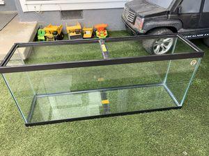 60 gallon fish tank for Sale in Los Angeles, CA
