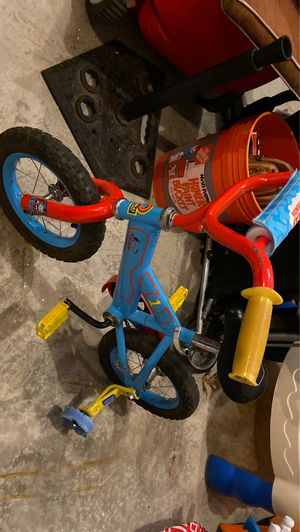 Thomas the Train bicycle with training wheels for Sale in Pataskala, OH