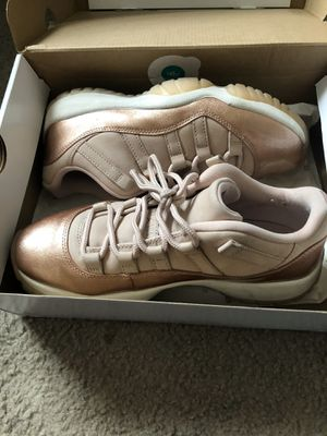 Jordan 11 size 6 for Sale in Orlando, FL