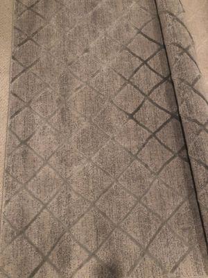 gray RUG carpet 5x7 for Sale in Riverside, CA