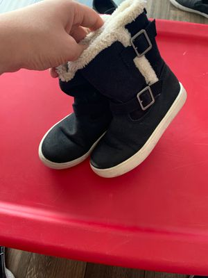 Carters boots toddler girl (size 9) for Sale in Colton, CA