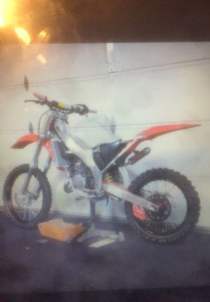 Looking for blown up dirt bikes for project for Sale in Fort Washington, MD