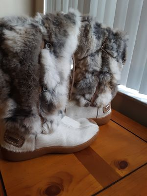 ❤ADORABLE FUR BOOTS💕 for Sale in Brentwood, NC
