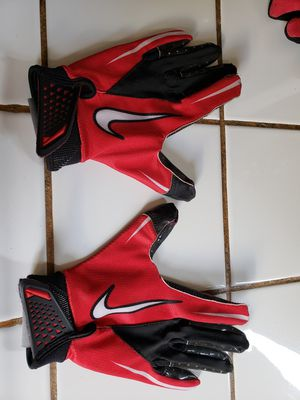 Nike kids gloves size small for Sale in San Jose, CA